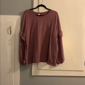 Mauve pink sweater with ruffle sleeve